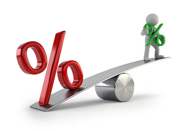 Which is better: a fixed or variable mortgage rate?